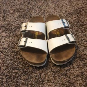 White leather Birkenstock's in size 37 (7)